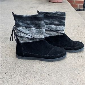 TOMS boots!